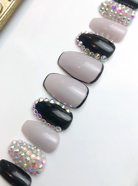 Press on Nails Grayish Black Twist